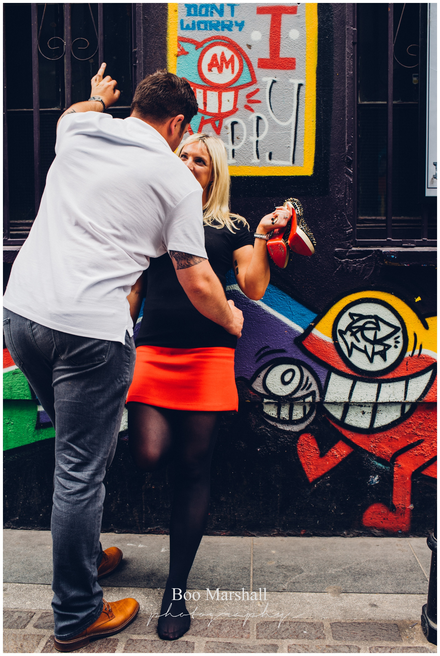 street art pre wedding