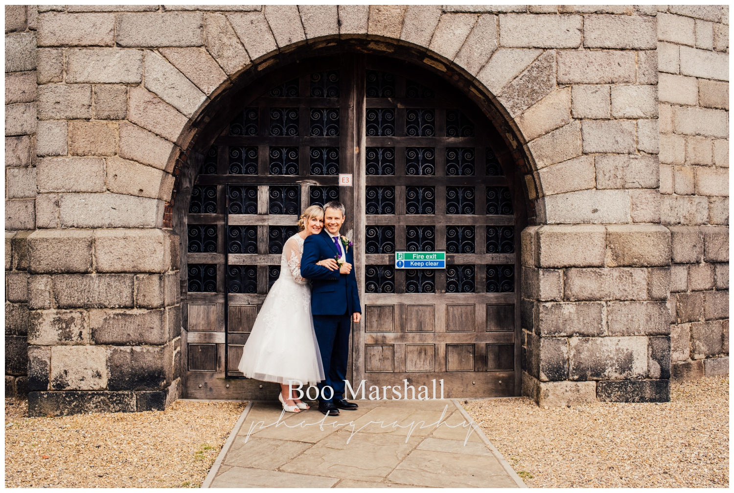 ian-and-steph-219_norwich-castle-small-wedding